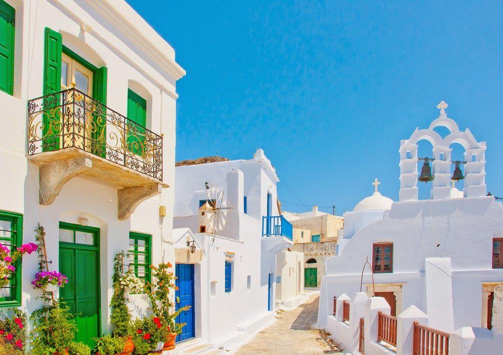 Luxury Life Design: Santorini - Black Pearl of the Aegean