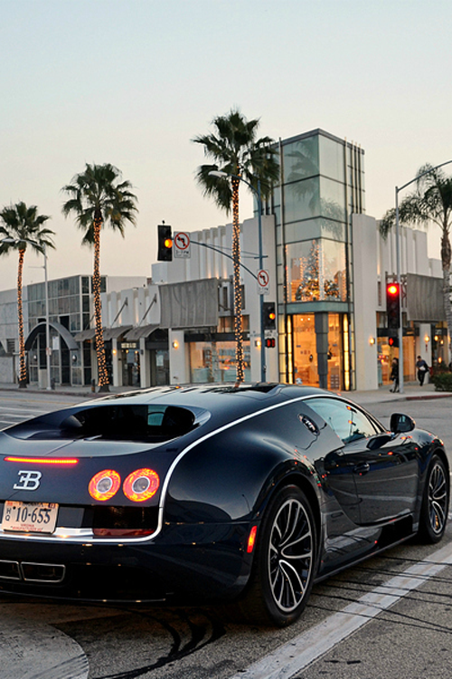Bugatti Veyron - Digital art selected for the Daily Inspiration #1850