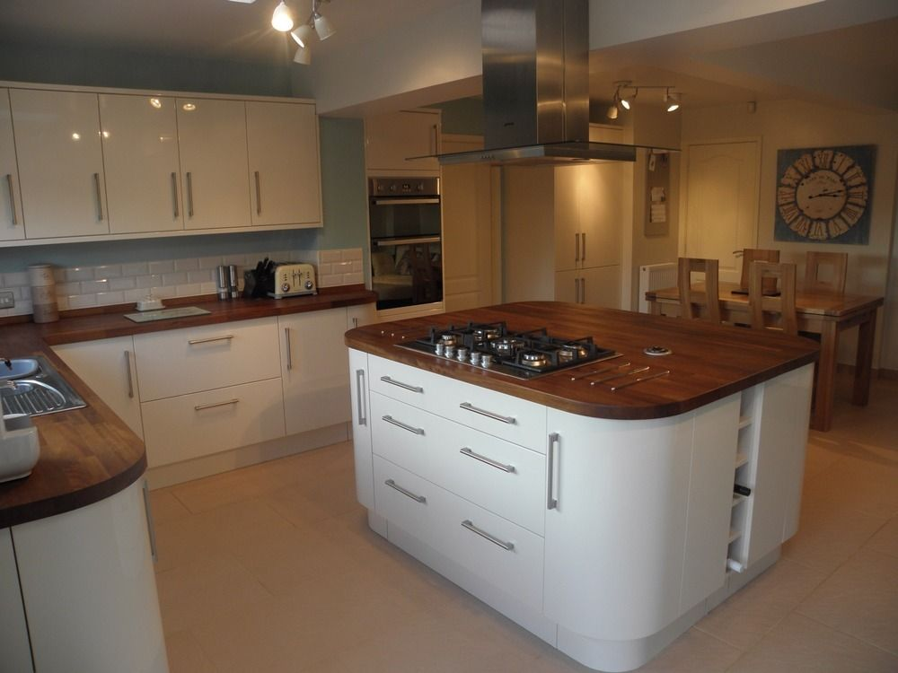 Cream gloss kitchen with granite worktops google search for Kitchen units and worktops