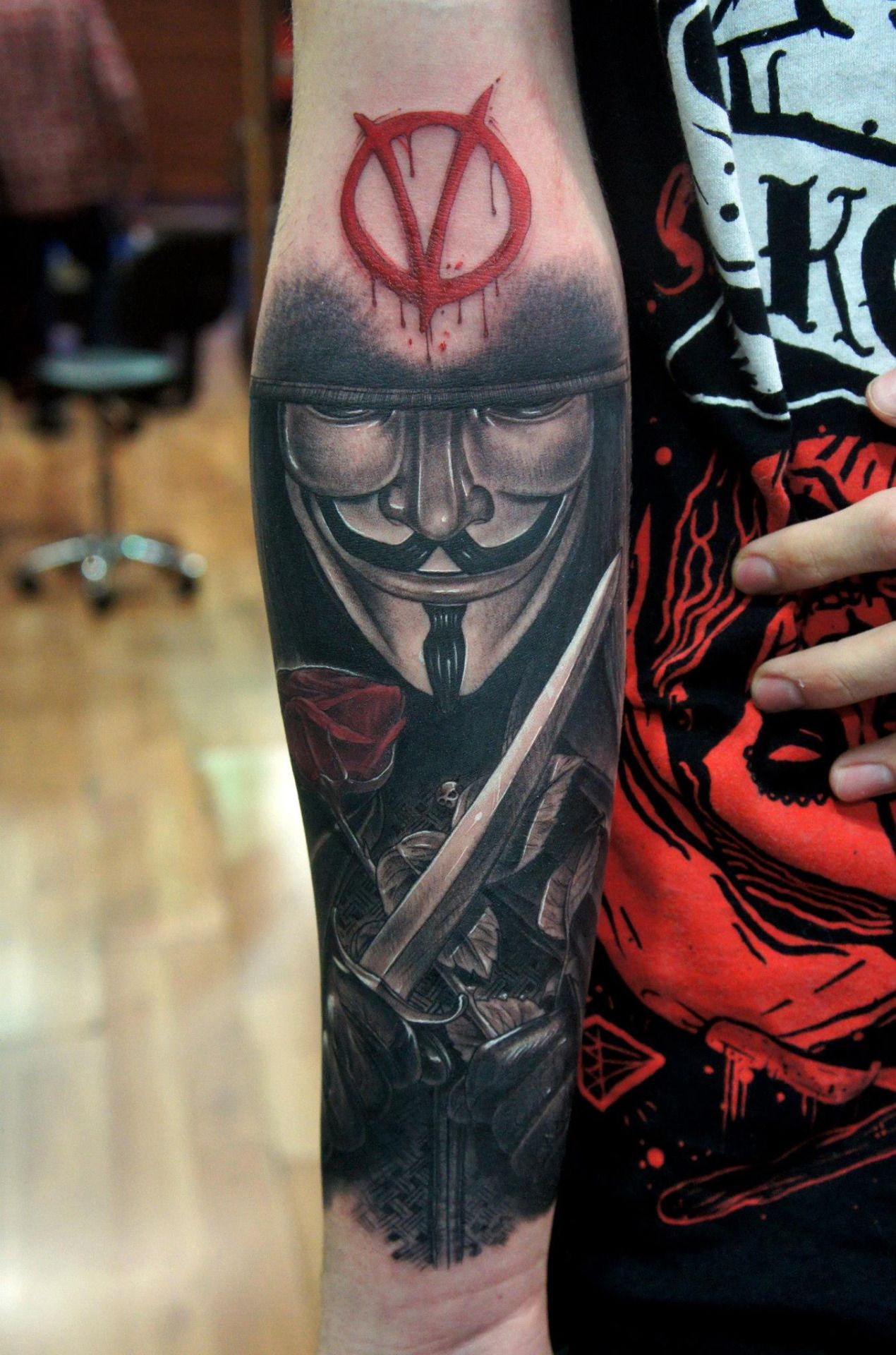 Remember The 5th Of November With These Guy Fawkes Mask Tattoos Vendetta Tattoo V For Vendetta Tattoo Mask Tattoo