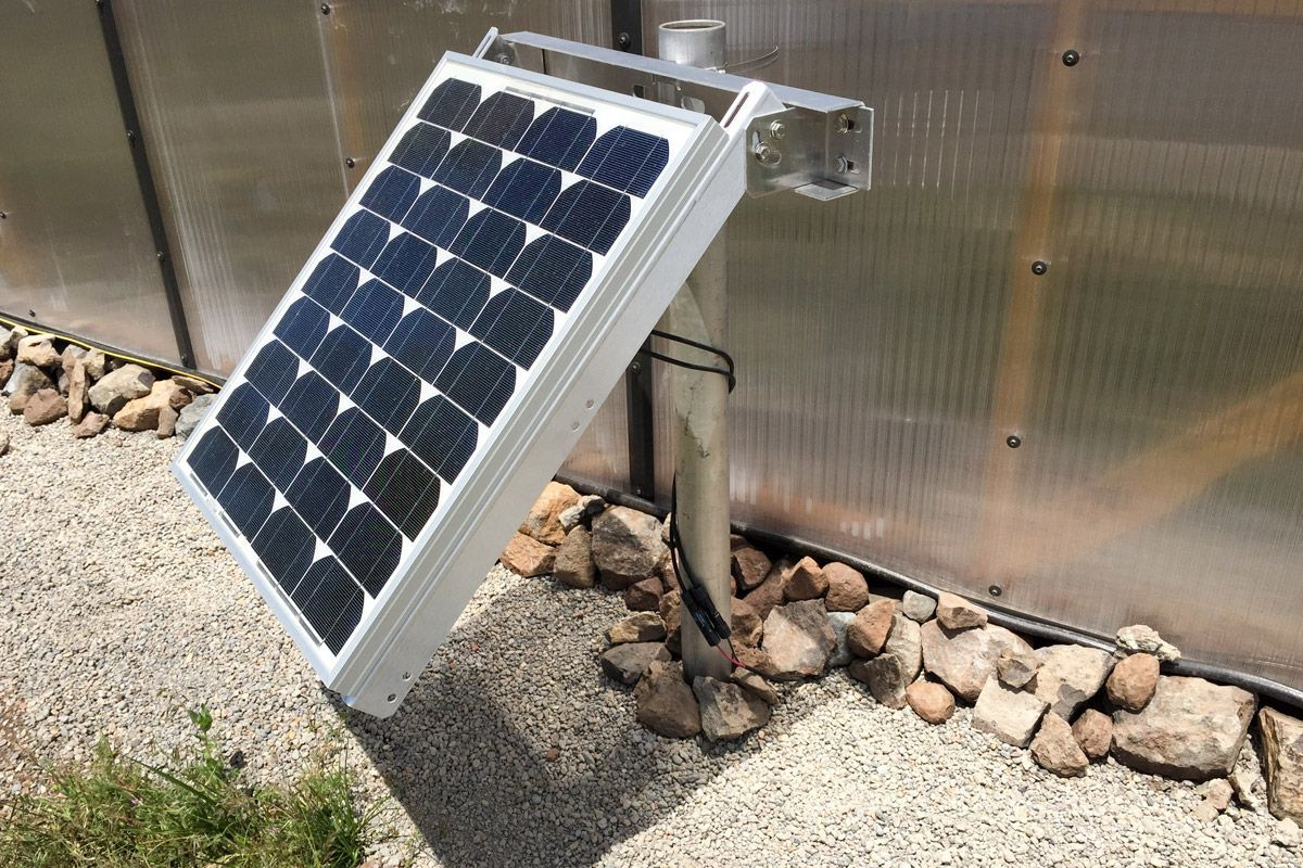 Solar Panel For Solar Greenhouse Fan From Snap Fan Com Solar Solar Greenhouse Greenhouse Plans