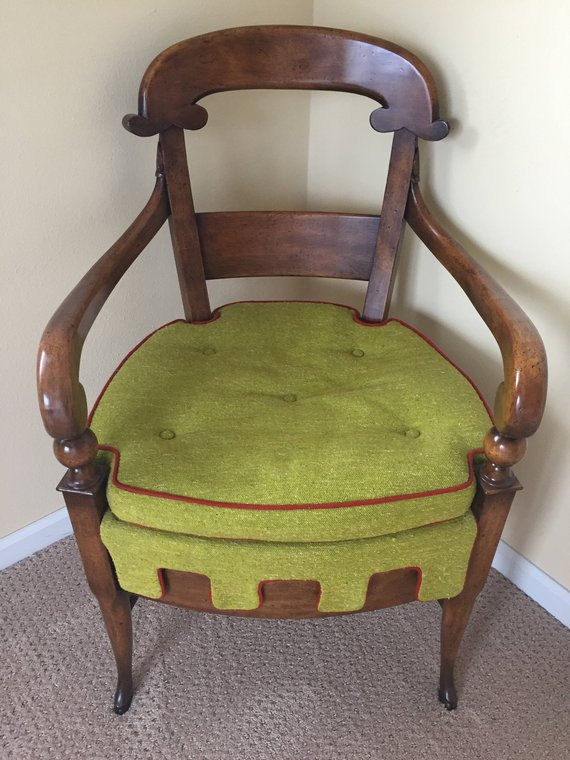 Stunning Elegant Antique Chair