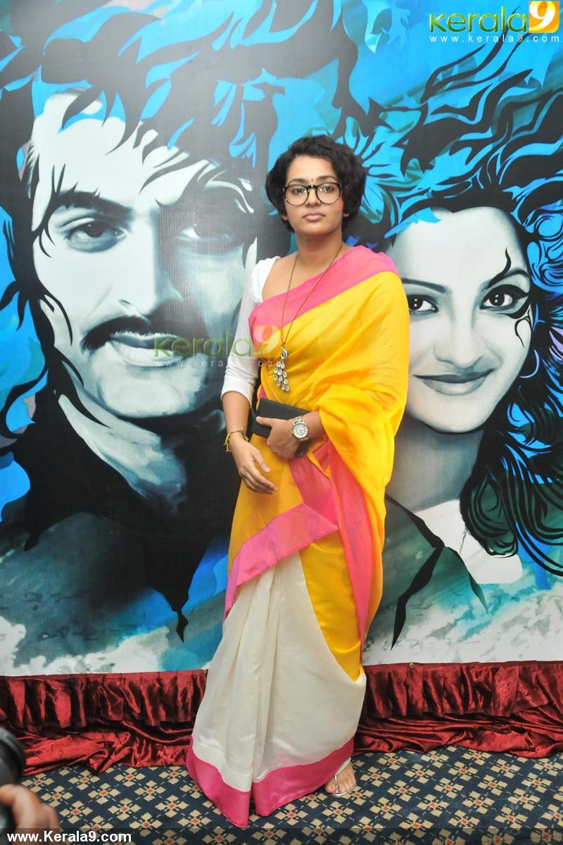 ennu ninte moideen actress parvathy | actress images and videos