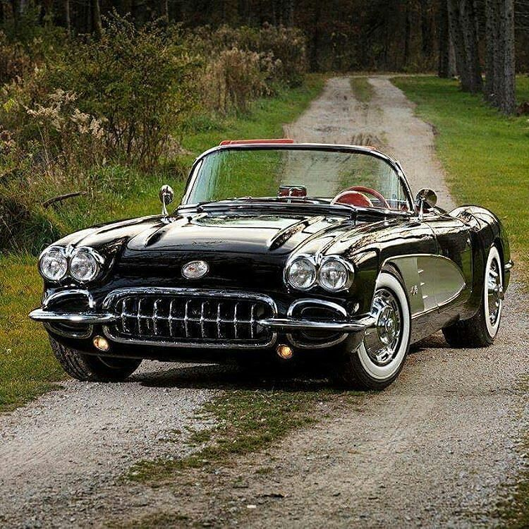 Gorgeous vintage Vette. #Corvette #Chevrolet #Classic #Convertible