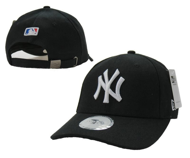 Mens   Womens New York Yankees New Era Solid 6 Panel Strap Back Baseball  Adjustable Polo Cap - Black   White c10a581079a