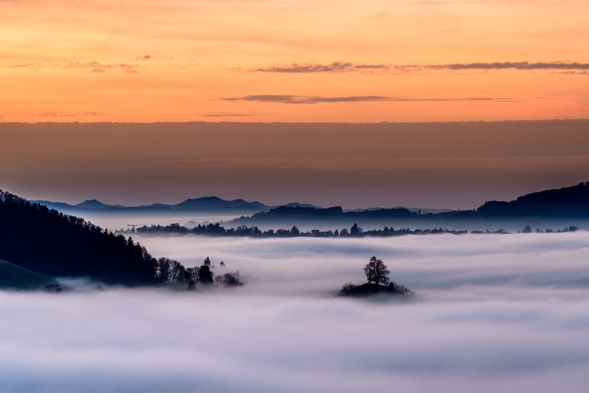 Sunset over the fog by Moreno Ronchi on 500px