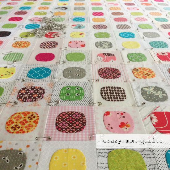 crazy mom quilts: WIP Wednesday--the circle edition