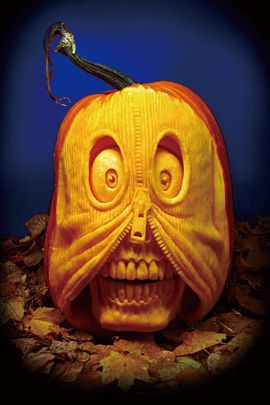 30 Realistic Pumpkin Faces For Helloween The Design Inspiration Pumpkin Carving Amazing Pumpkin Carving Halloween Pumpkins Carvings