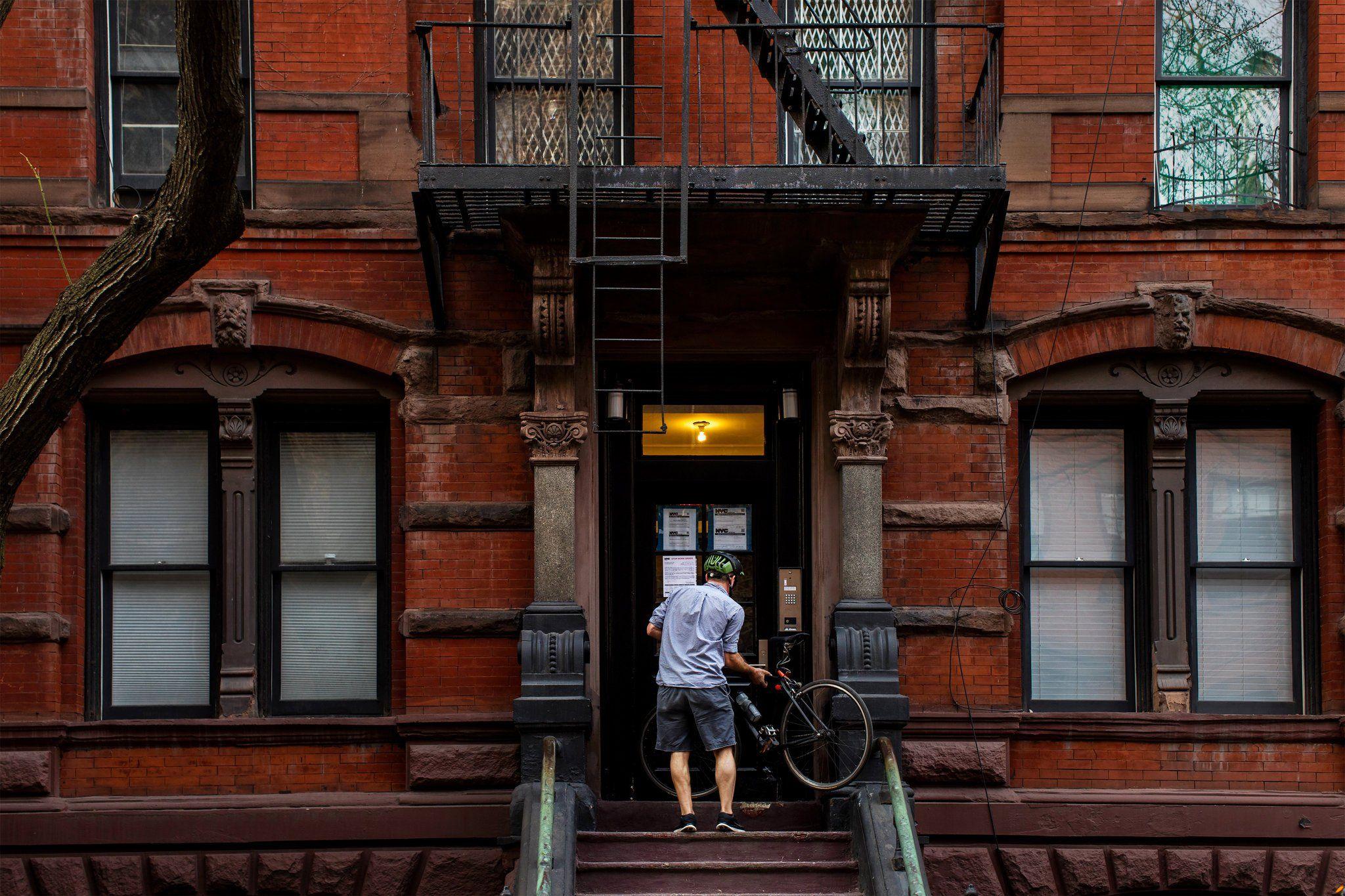Behind New York S Housing Crisis Weakened Laws And Fragmented Regulation Being A Landlord Regulators New York
