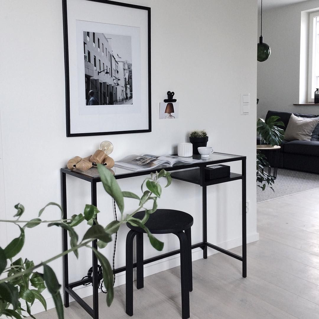 Ikea'Vittsjö' desk @perfectionmakesmeyawn IKEA ideas Pinterest Skrivbord, Inredning och