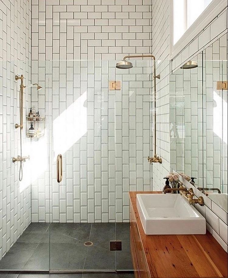 Epingle Par Clemence Sur Bathrooms Petite Salle De Bain Avec