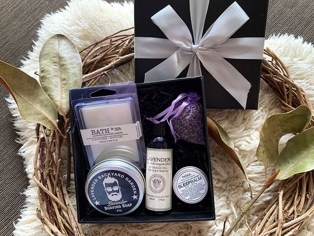 Man Therapy Lavender Gift Box In 2020 Lavender Gifts Gift Box For Men Aromatherapy Gift Set
