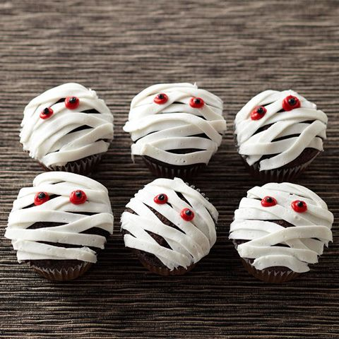 10 frightfully fun halloween cupcake ideas