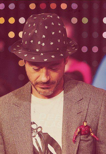 Tony Stark   VK