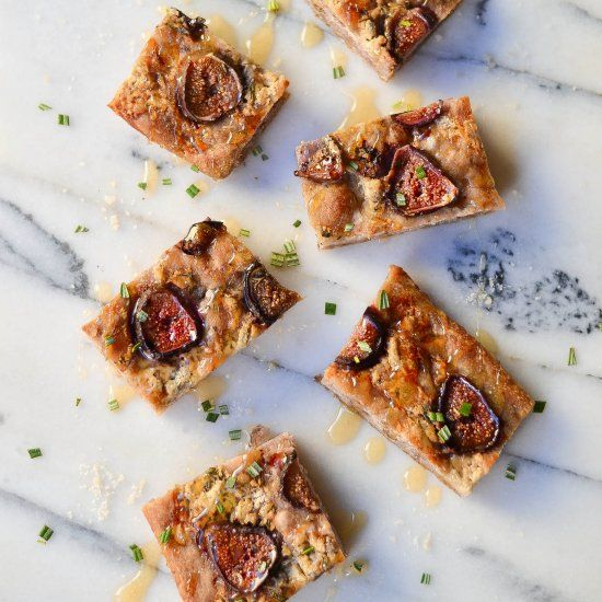 Fresh baked focaccia, studded with toasted walnuts, topped with fresh figs, Gorgonzola dolce, rosemary and drizzled with honey!