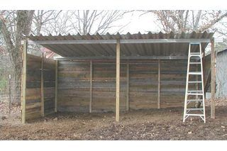 How To Build A Simple One Horse Barn Loafing Shed Single Horse Barn Building A Shed