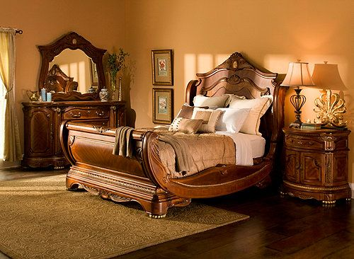 Best Different Hampton Court 4 Pc King Bedroom Set Bedroom 400 x 300