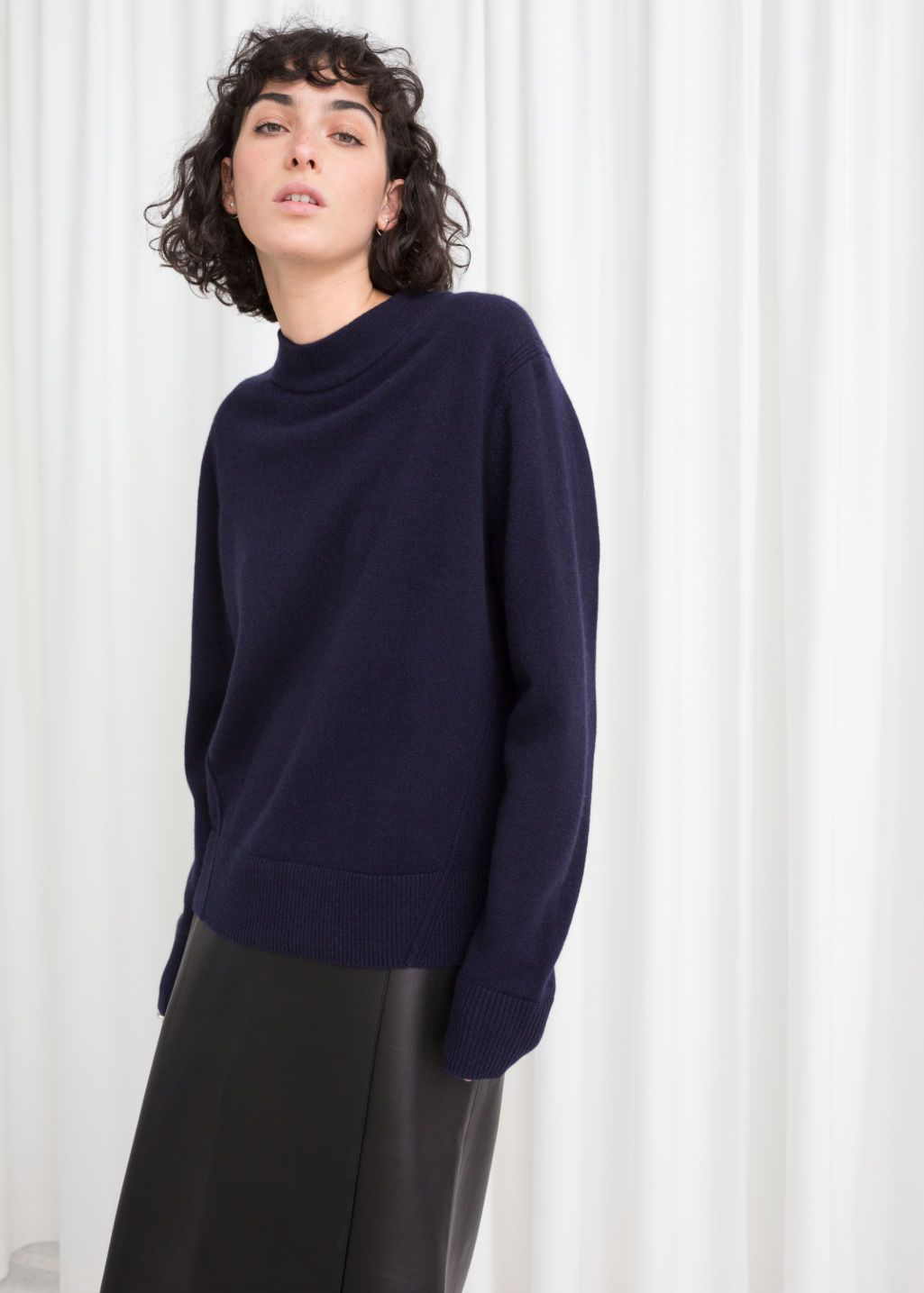 Relaxed Fit Cashmere Sweater | Fitted cashmere sweater