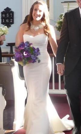 Nicole Miller Dakota Less Poofy In The Front Used Wedding