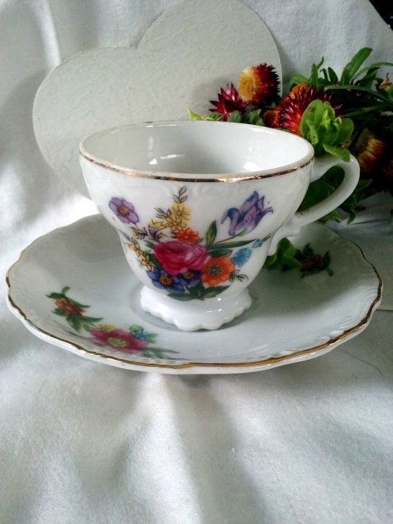 Check out this item in my Etsy shop https://www.etsy.com/listing/258915568/hand-painted-vintage-floral-demitasse