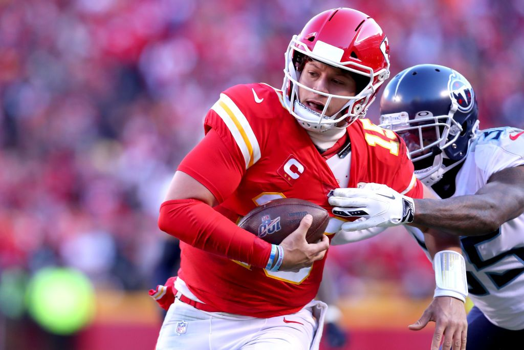 Patrick Mahomes Could Be Headed For Nfl Icon Status At Super Bowl Liv Super Bowl Nfl Super Bowl Wins