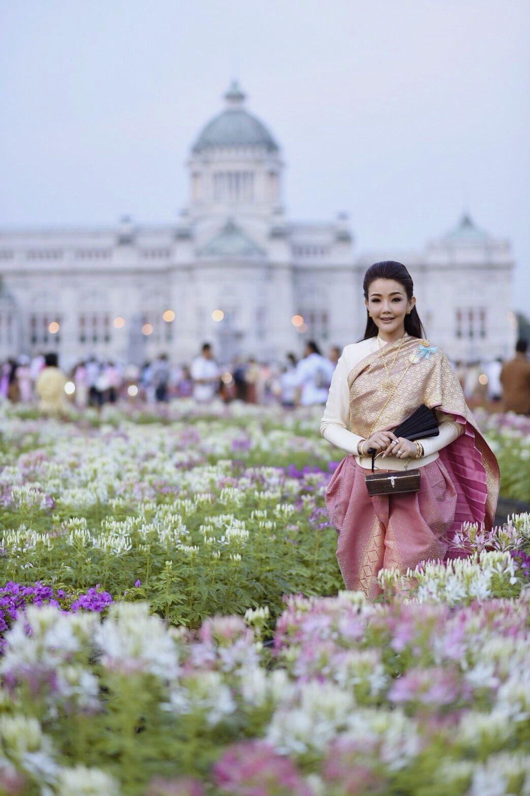 Thailand , Thai dresses , Thai girl