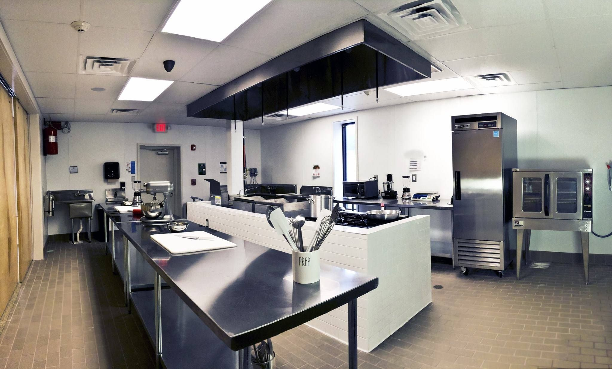 State Of The Art Commercial Kitchen Facility Commercial Kitchen Studio Kitchen Kitchen Pictures