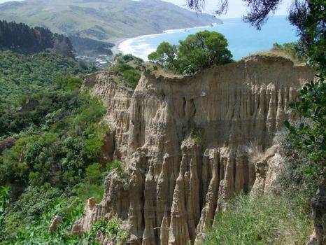 Cathedral Cliffs North Canterbury (108 pieces)