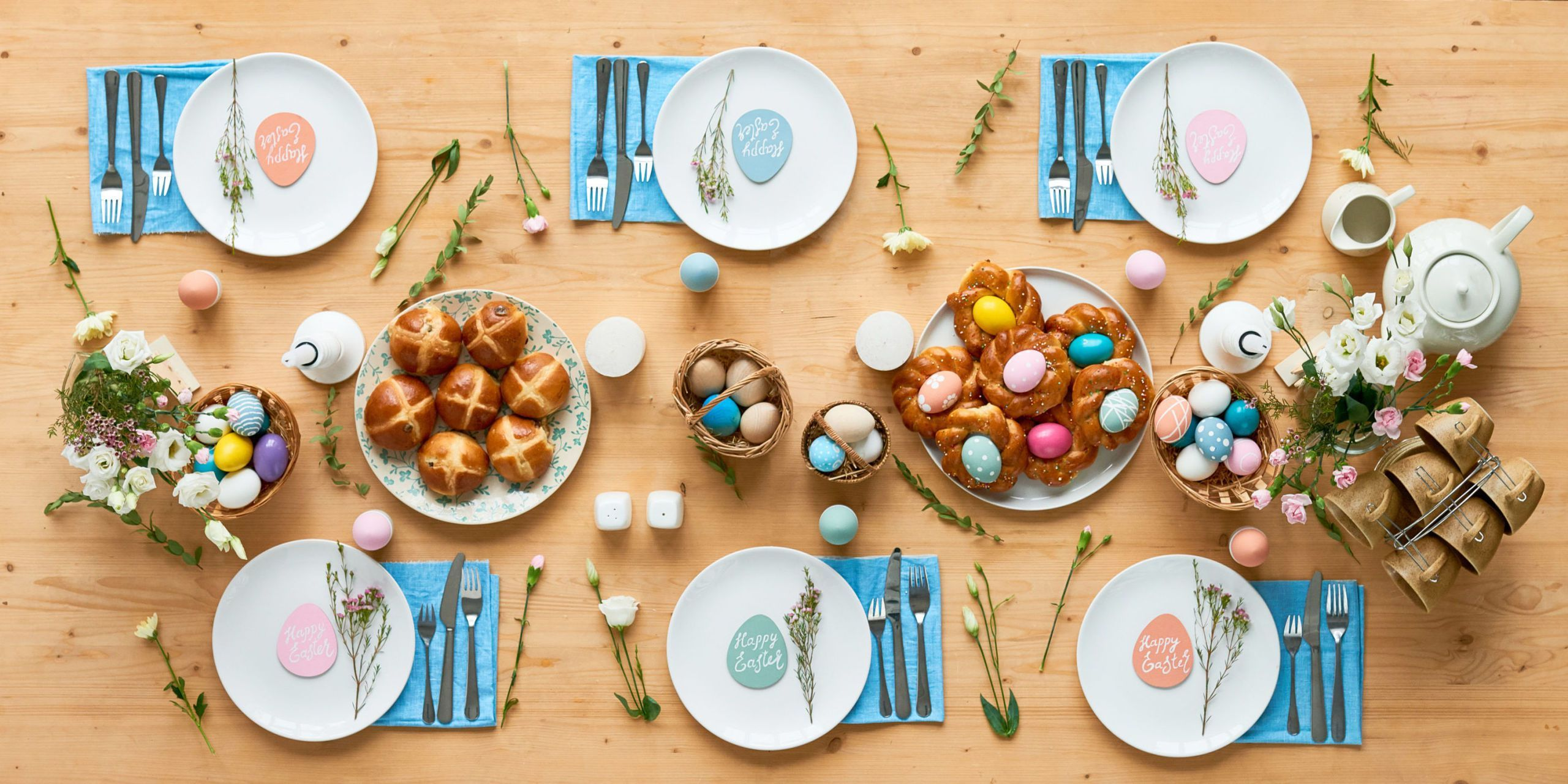 These Restaurants Will Offer Easy Takeout And To Go Meals On Easter Easter Table Settings Easter Table Easter