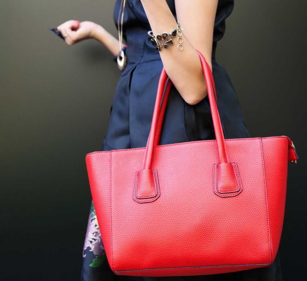 What Handbag-Shopping Can Tell You About Building Wealth | Women & Money…