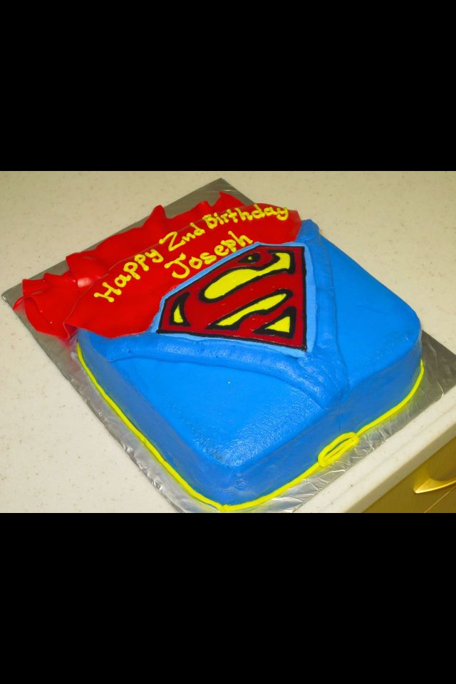 Superman Cake Buttercream Logo With A Fondant Cape Sweets Treats