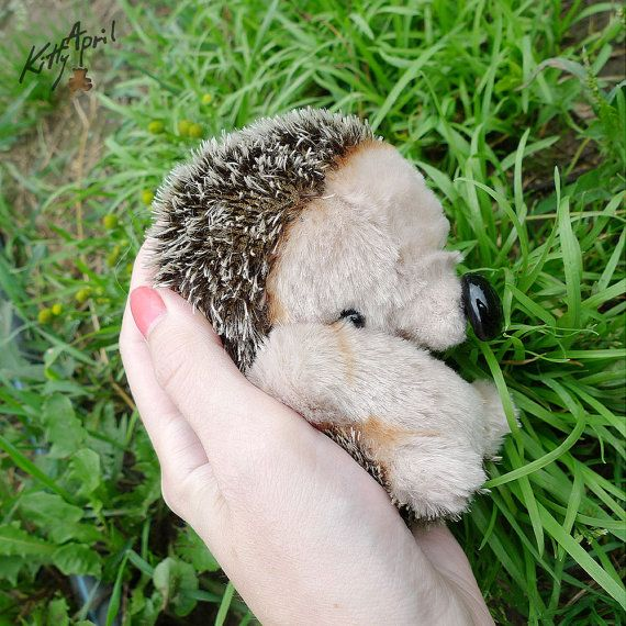 Hedgehog Forest Friend   about 5 inches by KittyAprilHandmade,   http://www.cherepkova.com/