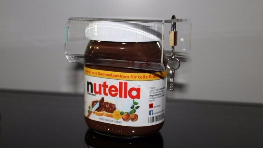 A modern day genius invented a lock for your Nutella stash http://www.eater.com/2015/8/27/9215839/lock-for-nutella?utm_campaign=eater&utm_content=chorus&utm_medium=social&utm_source=twitter …