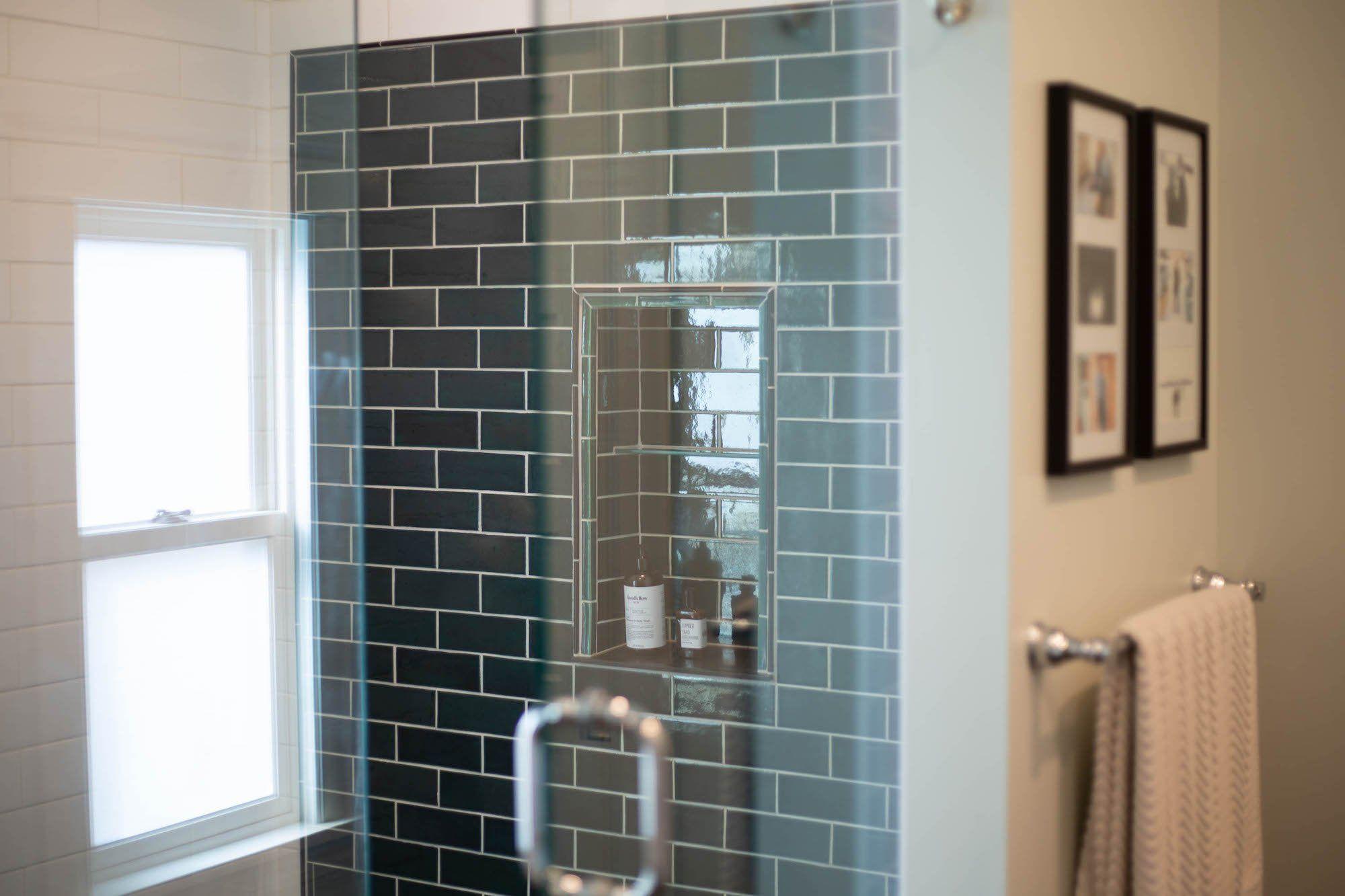 Bluegrass Subway Tile Shower With A Stunning Niche Shower Tile Subway Tile Showers Tile Layout