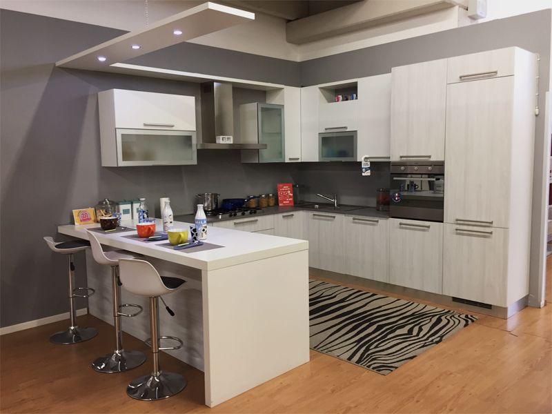 Idee In Cucina Bologna.Cucina Ad Angolo 5200 Interiors Cucina Ad Angolo