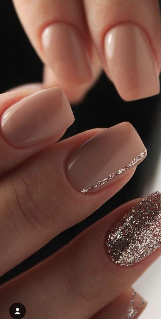 Photo of 37 disegni di unghie brillanti per il blog Koees autunno 2019