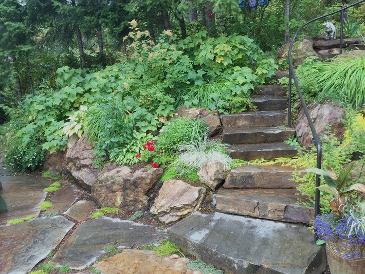 Natural Stone Retaining Wall And Steps With Native Landscaping Pacific Garden Natural Stone Retaining Wall Garden Design