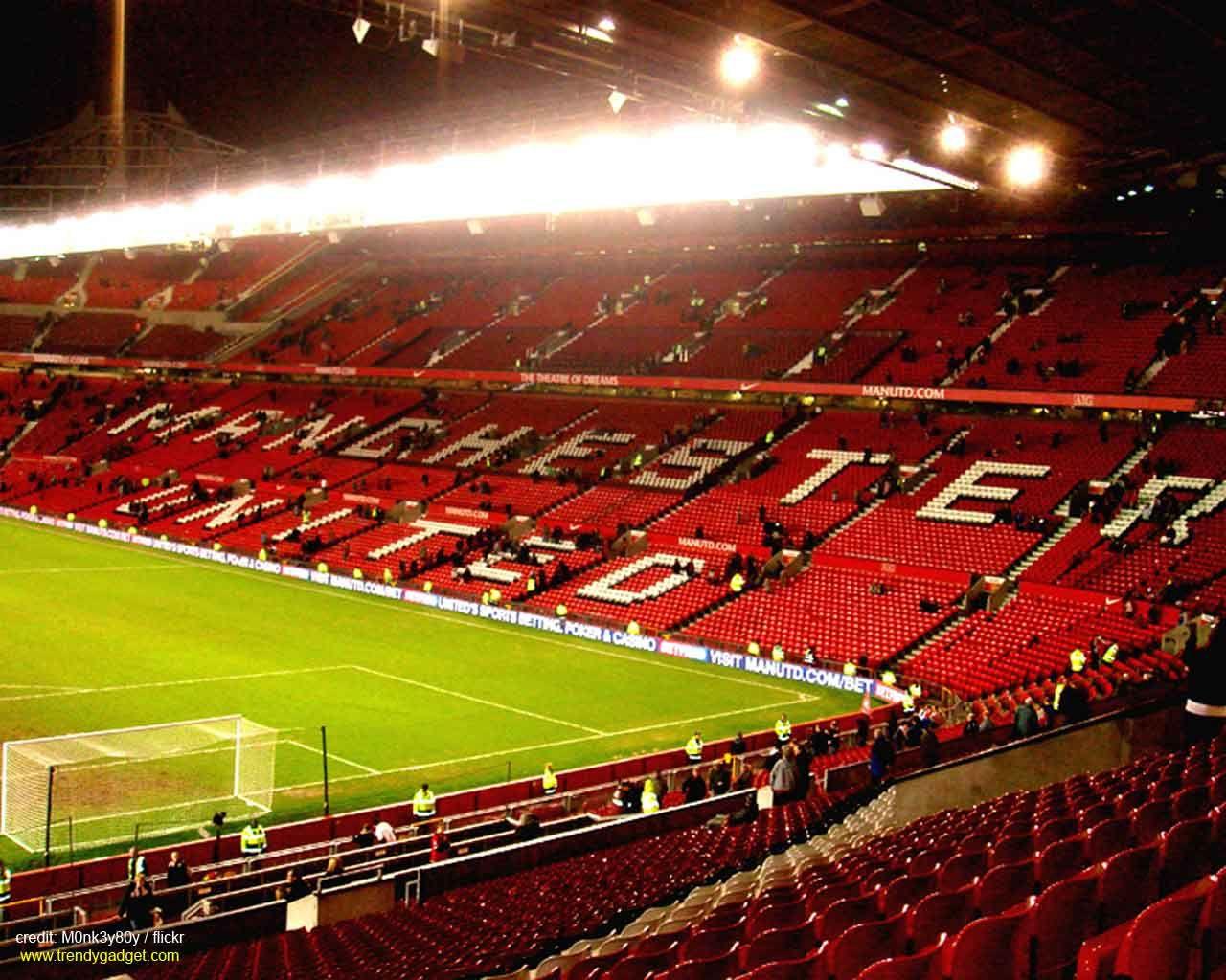 Old Trafford Stadium Football Wallpapers Old Trafford Manchester United Stadium Manchester United Wallpaper