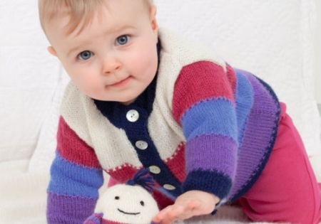 Knitting pattern for a baby cardigan using Patons yarn | Projects to ...