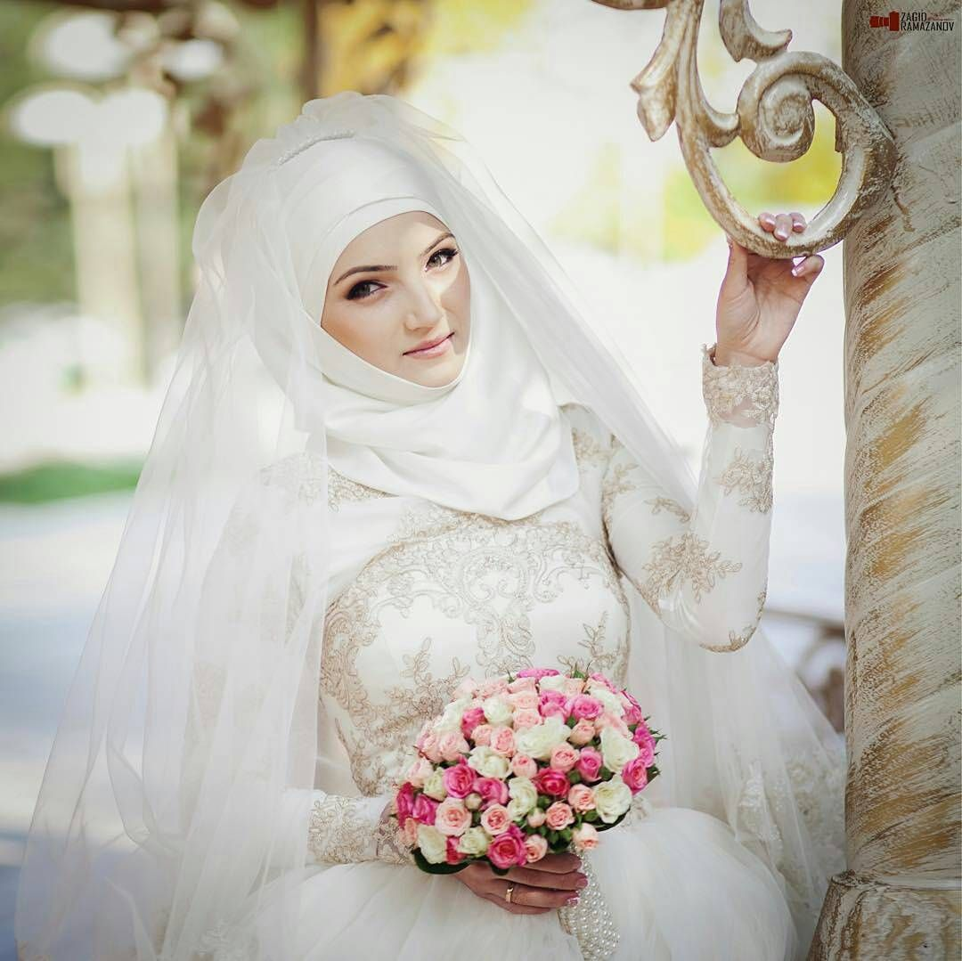 MashaAllah ♥ Happy bride and bridesmaids ♥ Gorgeous photo by the ...