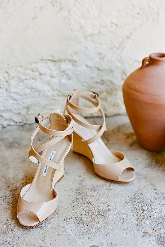 29 Adorable Neutral Wedding Shoes Ideas Hochzeit Schuhe Keilabsatz Hochzeitsschuhe Schuhe Hochzeit
