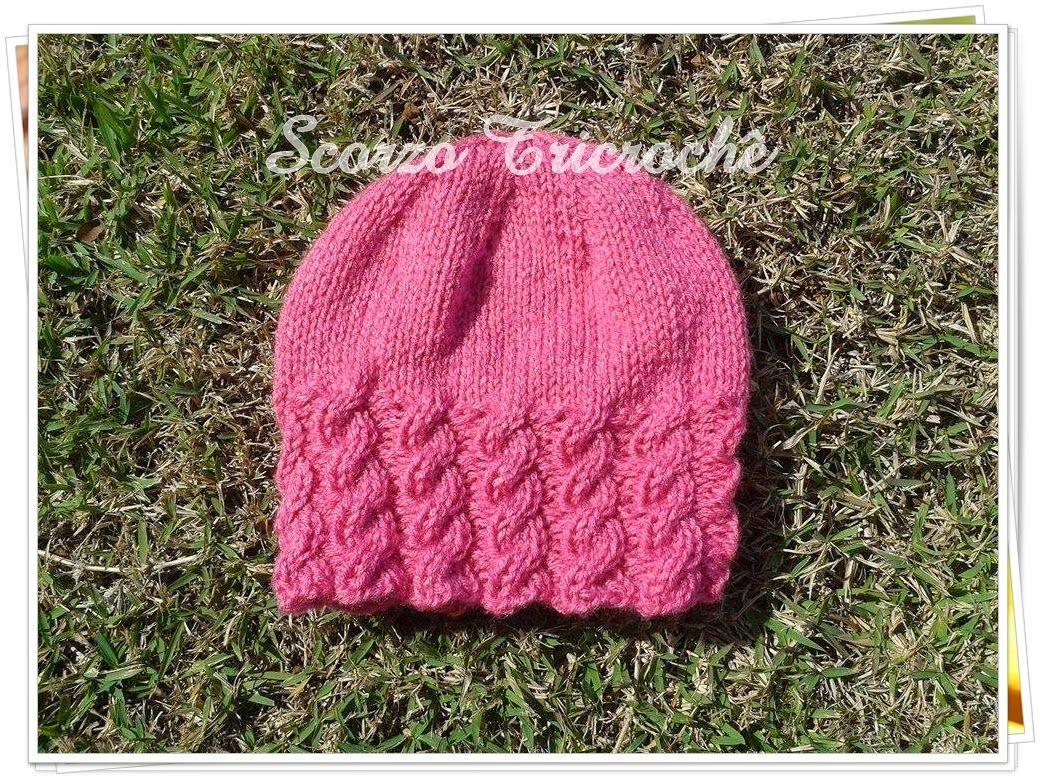 Scorzo Tricroche  Touca de tricô com trança - com receita   Hat f3c783bb096