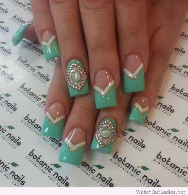 Botanic nails green white golden watchoutladies botanic nails green white golden prinsesfo Image collections