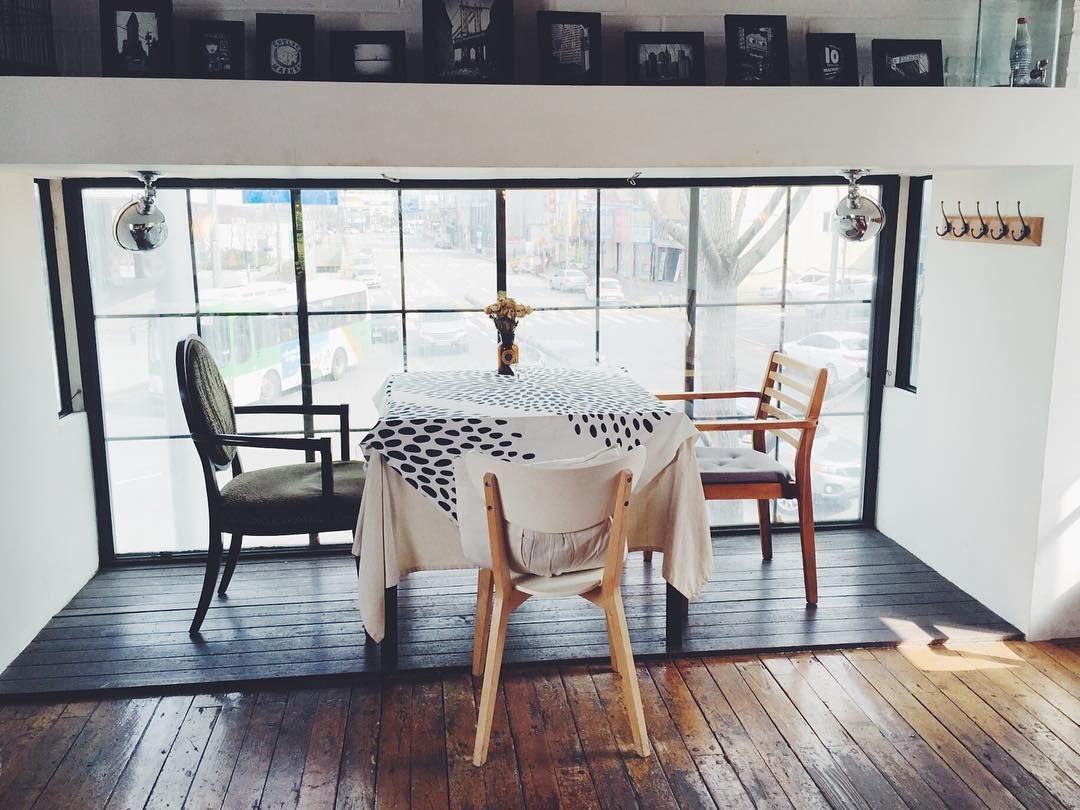 #160213 #광주 #문화전당 #카페폴 #인테리어 #카페 #lazycafePaul #cafe #interior #furniture by seochonnewbie