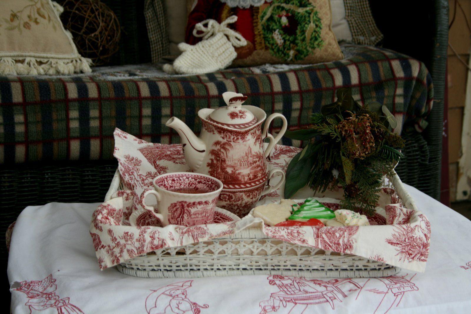 Aiken House & Gardens: Tea on the Porch