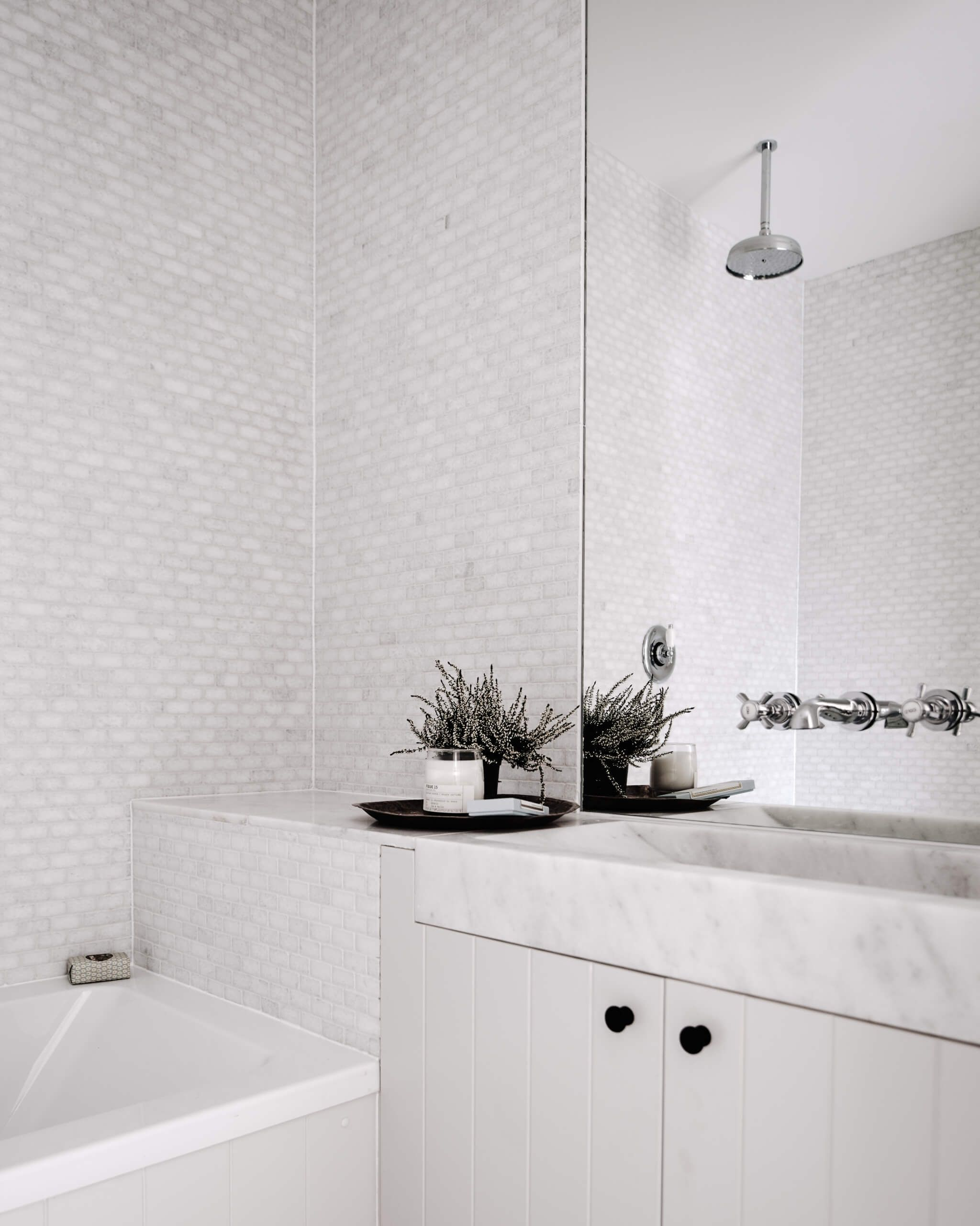 Subway Tile Alternatives You\'ll Love For Your Bathroom | Loft design ...