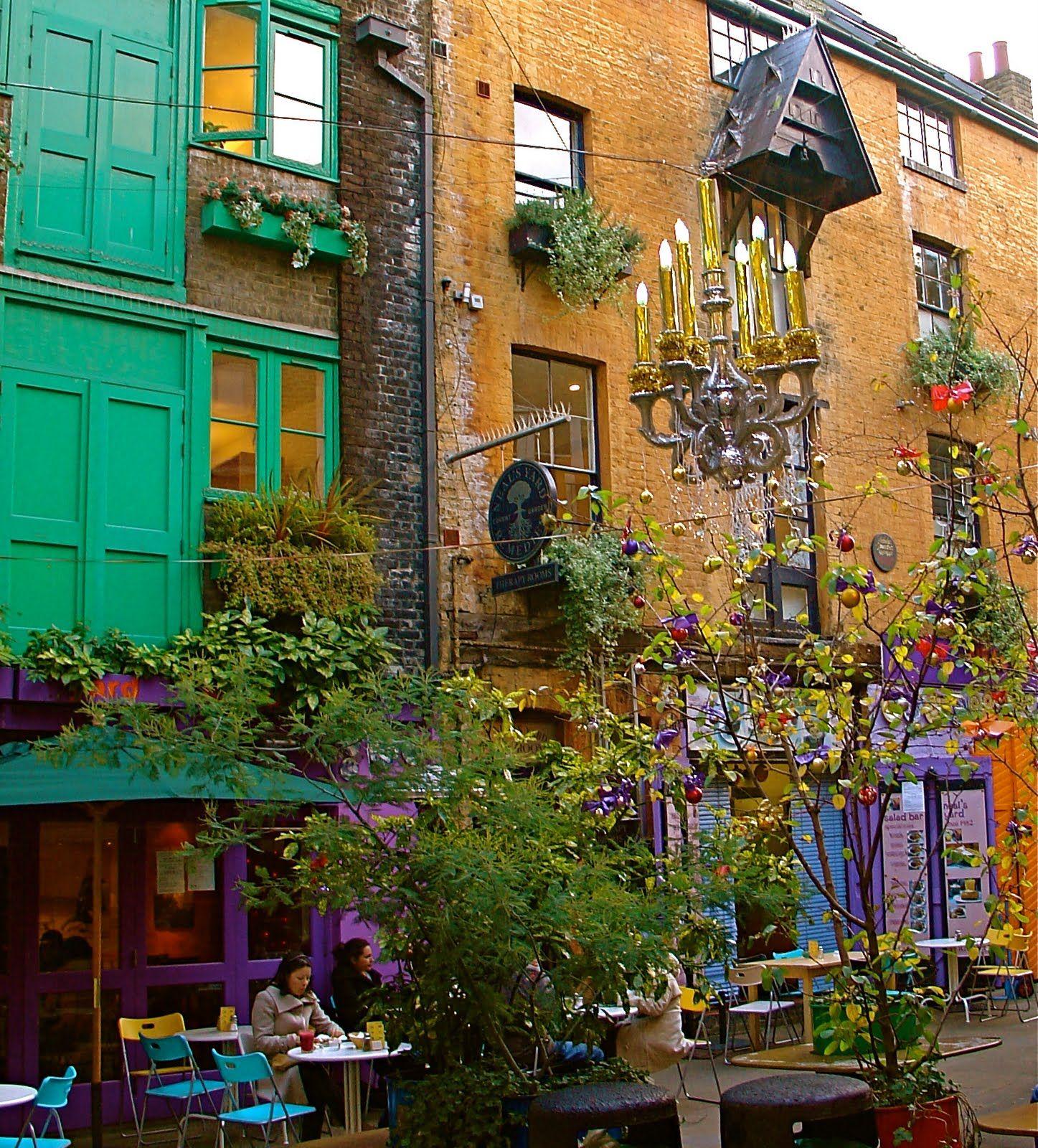 City garden colour scheme   Striking Chords in My Soul   Pinterest ...