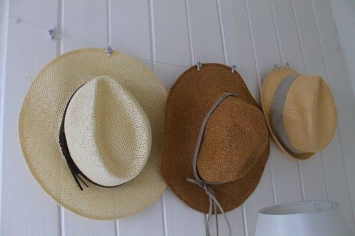 From BalletPumpsAndRoses.com - A Nifty way to hang your hat !