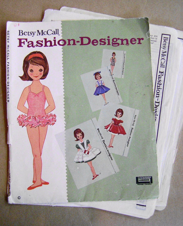 Vintage Betsy Mccall Fashion Designer Paper Doll Pattern Sheets 1961 12 95 Via Etsy Paper Dolls Vintage Paper Doll Vintage Outfits