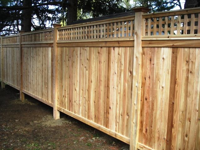 Wood Privacy Fence With Lattice Top Fence With Lattice Top Wood Privacy Fence Fence Design